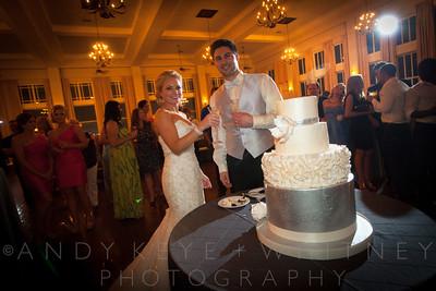 AK+W - Cake, Bouquet & Garter-21