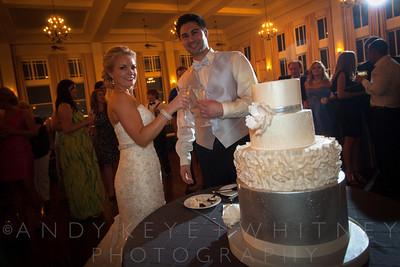 AK+W - Cake, Bouquet & Garter-20