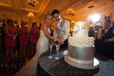 AK+W - Cake, Bouquet & Garter-8