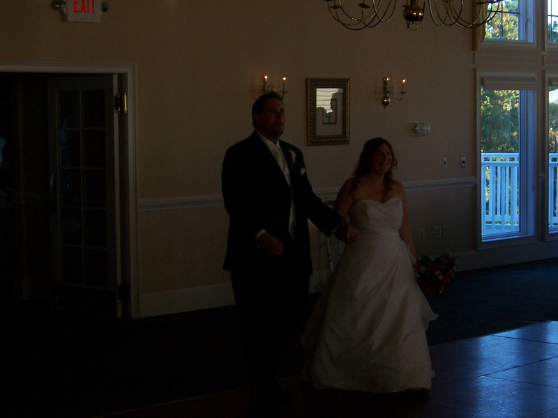 The happy couple arrives!