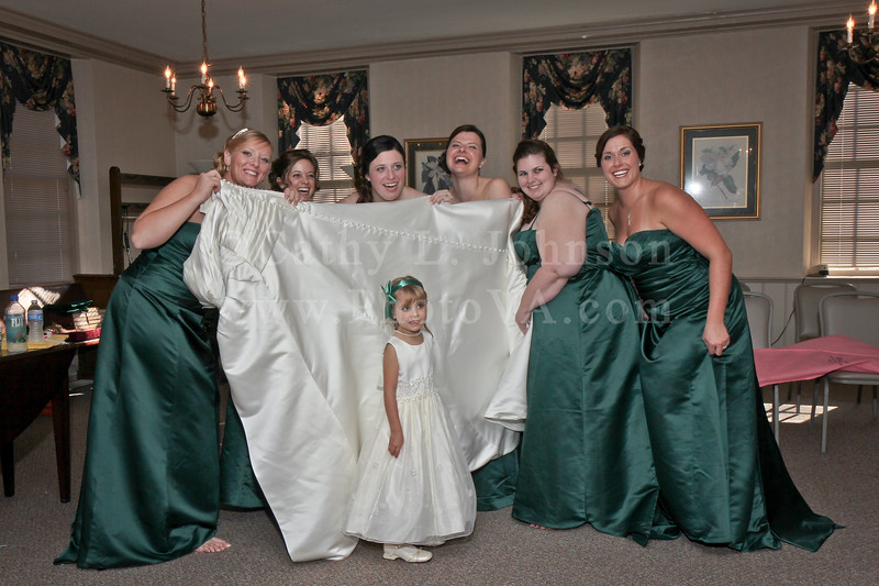 Williamsburg Wedding Photography - Williamsburg Baptist Church & Fords Colony Country Club