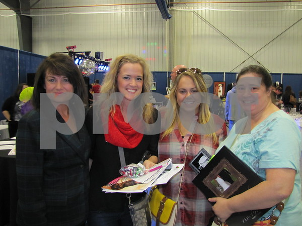 Roxanne Leadley, Alexa Nelson (bride-to-be), Katie Bean, and Erin Nelson attended The Messenger's Bridal Show.