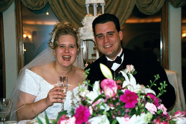 Sue's Wedding 2000 Public