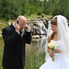 Groom get a phone call