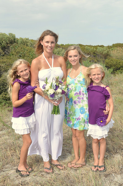A beautiful bride and family just before a Wedding at Sunset Beach.