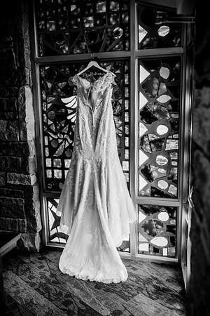 00009©ADHPhotography2020--ANNA+TAD--WEDDING--JULY11bw