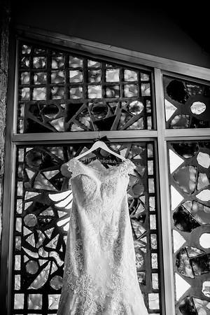 00008©ADHPhotography2020--ANNA+TAD--WEDDING--JULY11bw
