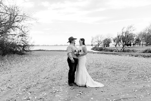 00002©ADHphotography2020--AnnaTadHenkenius--Wedding--November7bw