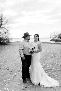 00006©ADHphotography2020--AnnaTadHenkenius--Wedding--November7bw