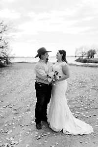 00005©ADHphotography2020--AnnaTadHenkenius--Wedding--November7bw