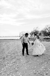 00001©ADHphotography2020--AnnaTadHenkenius--Wedding--November7bw