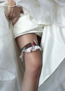 A garter in the brides family tartan