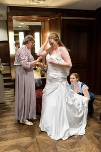 Teresa & Lee's wedding at First United Methodist Church, downtown Houston  Order Prints: http://bit.ly/TeresaLee thomasandpenelope.com