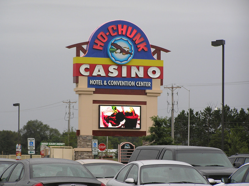 Ho-Chunk Casino Sign 01