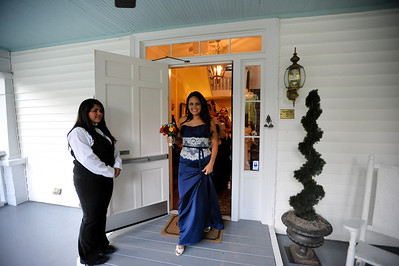 Stacey and Vee-0595