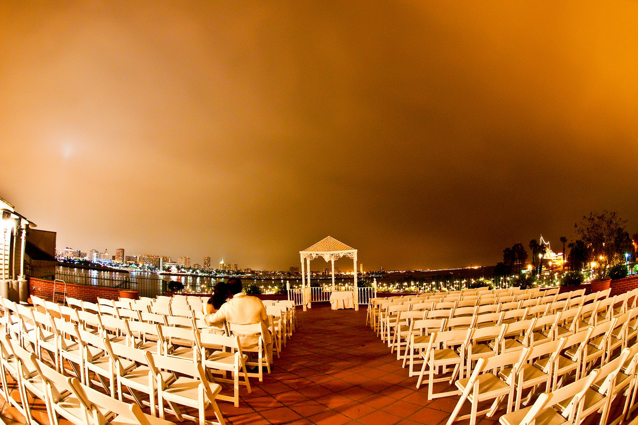 "<p><a href=""http://www.wedding.jabezphotography.com/gallery/9201243_AsBn2#614819172_NR6L2"">the reef long beach restaurant</a></p>"