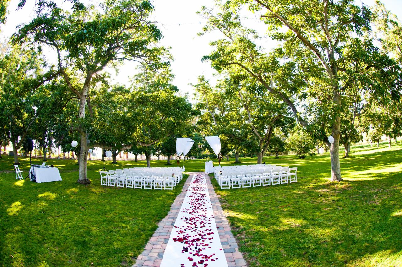 Tierra Rejada Ranch wedding in Walnut Grove.