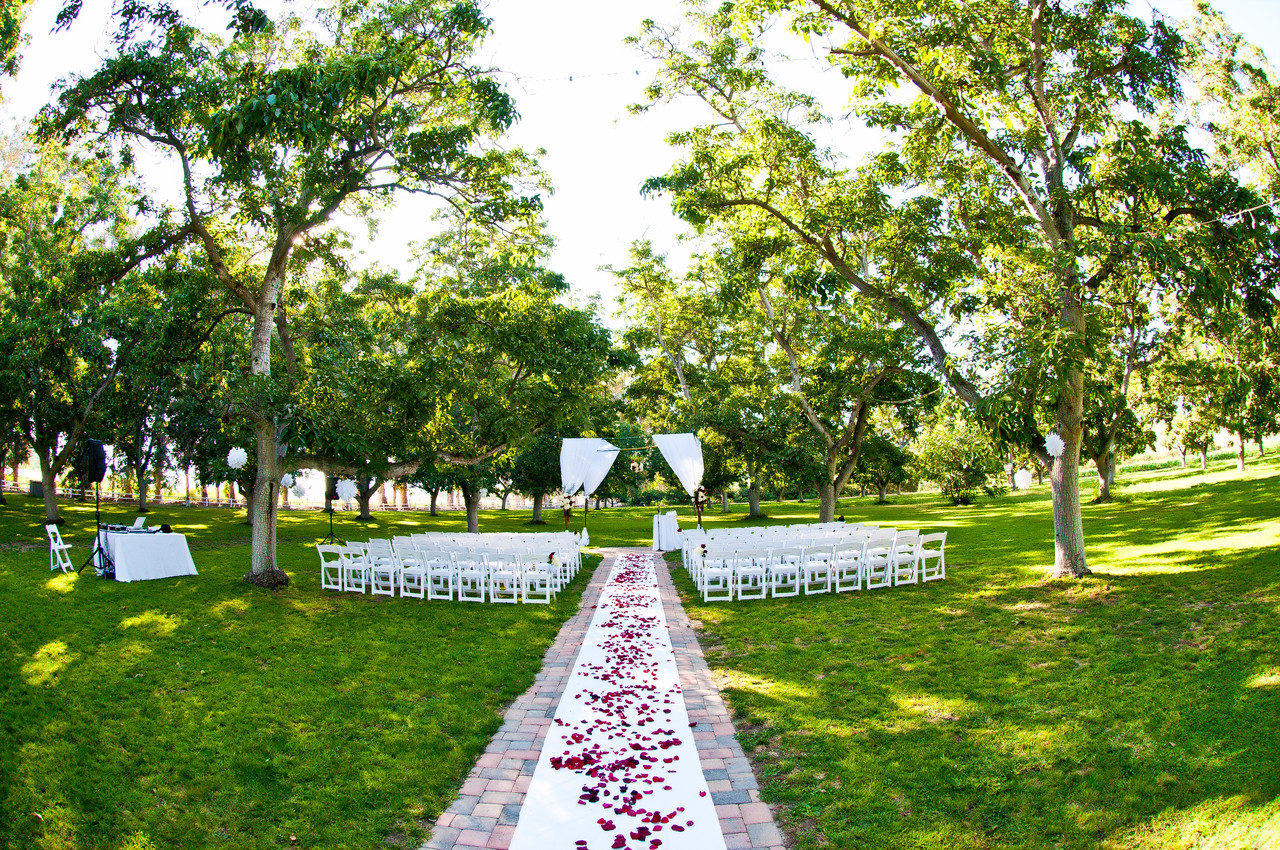 Tierra Rejada Ranch wedding in Walnut Grove.