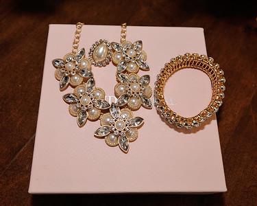 Tiffany & Tori-040415-4048