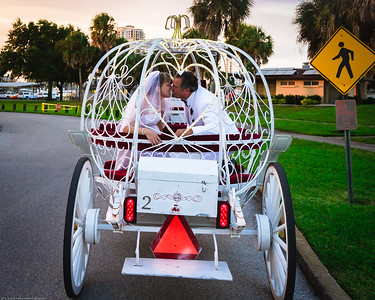supple_wedding_carriage_ride_1063