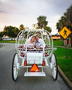 supple_wedding_carriage_ride_1054