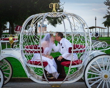supple_wedding_carriage_ride_1046