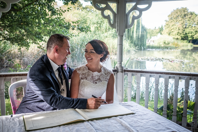 Tina & Nigel - Minstrel Court, Royston