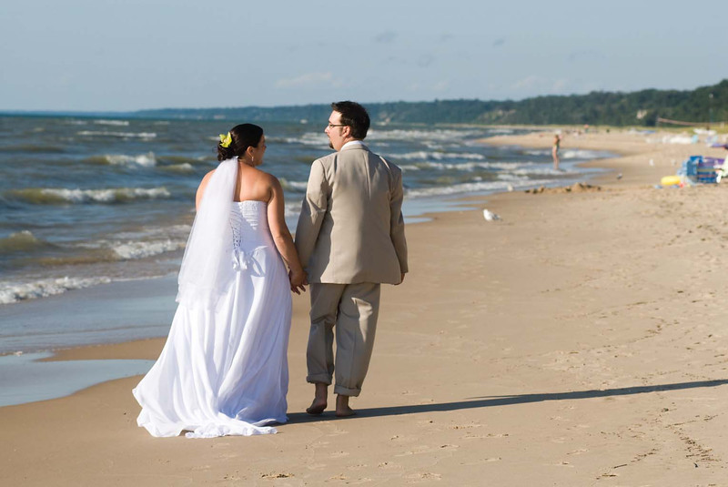 Tonya & Jason wedding, South Haven, MI. Copyright Anthony Dugal Photography, Kalamazoo, Michigan, USA, (269) 349-6428.