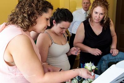 Young-Trimmer Pre-Wedding Photos