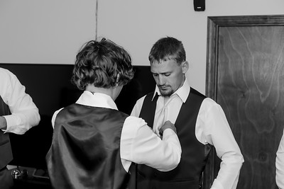 00010©ADHphotography2021--Forbes--Wedding--May22BW