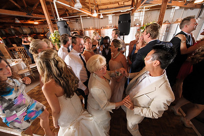 4156-d700_Erica_and_Justin_Byington_Winery_Los_Gatos_Wedding_Photography