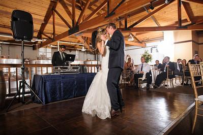 4143-d700_Erica_and_Justin_Byington_Winery_Los_Gatos_Wedding_Photography