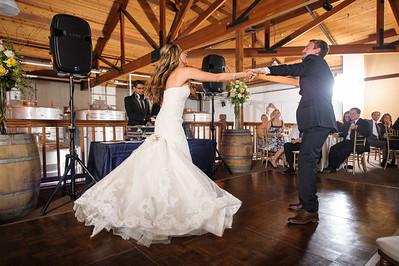 4139-d700_Erica_and_Justin_Byington_Winery_Los_Gatos_Wedding_Photography