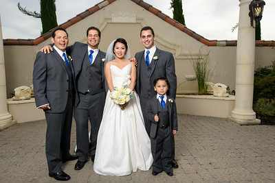 8570_d800a_Lynda_and_John_Casa_Real_Ruby_Hill_Winery_Pleasanton_Wedding_Photography