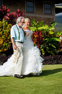 7477-d700_Stephanie_and_Chris_Kaanapali_Maui_Destination_Wedding_Photography