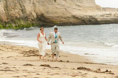 0718_d800b_Ellen_and_John_5-Mile_Beach_and_Deerhaven_Bonny_Doon_Wedding_Photography