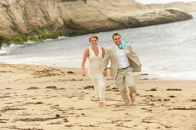 0722_d800b_Ellen_and_John_5-Mile_Beach_and_Deerhaven_Bonny_Doon_Wedding_Photography