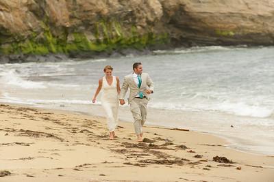0715_d800b_Ellen_and_John_5-Mile_Beach_and_Deerhaven_Bonny_Doon_Wedding_Photography