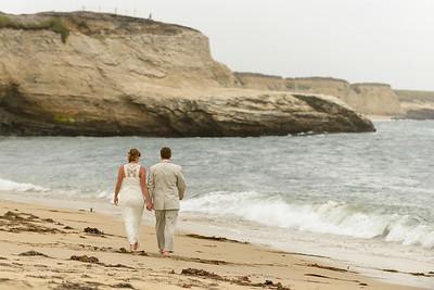 0702_d800b_Ellen_and_John_5-Mile_Beach_and_Deerhaven_Bonny_Doon_Wedding_Photography