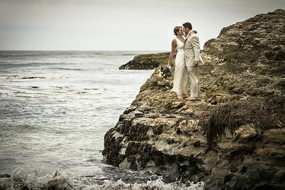0668_d800b_Ellen_and_John_5-Mile_Beach_and_Deerhaven_Bonny_Doon_Wedding_Photography