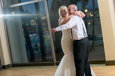 7878_d810a_Molly_and_Jay_Dream_Inn_Santa_Cruz_Wedding_Photography