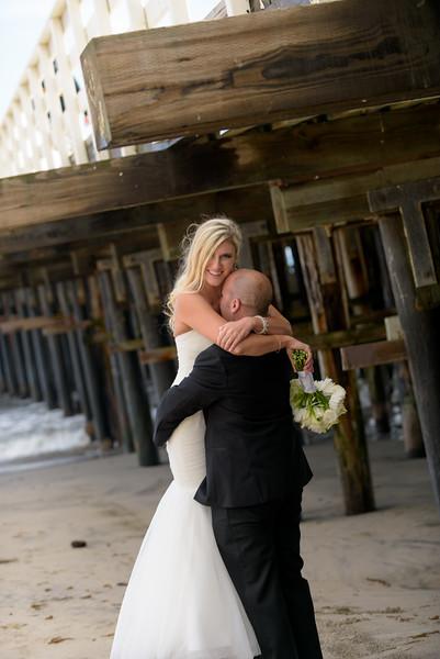 6624_d810a_Molly_and_Jay_Dream_Inn_Santa_Cruz_Wedding_Photography