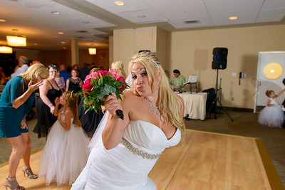 3916_d800b_Rhiannon_and_Christian_Dream_Inn_Santa_Cruz_Wedding_Photography