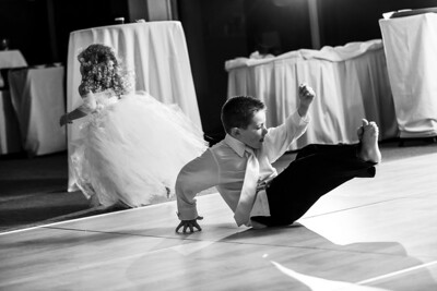 4666_d810_Rhiannon_and_Christian_Dream_Inn_Santa_Cruz_Wedding_Photography