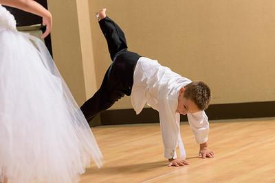 4669_d810_Rhiannon_and_Christian_Dream_Inn_Santa_Cruz_Wedding_Photography