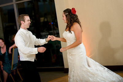 5553_d800_Theresa_and_Eric_Dream_Inn_Santa_Cruz_Wedding_Photography
