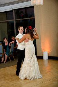 5552_d800_Theresa_and_Eric_Dream_Inn_Santa_Cruz_Wedding_Photography