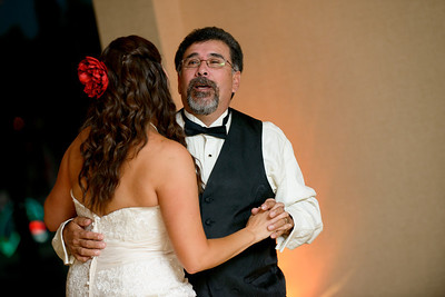 5575_d800_Theresa_and_Eric_Dream_Inn_Santa_Cruz_Wedding_Photography