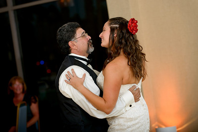 5573_d800_Theresa_and_Eric_Dream_Inn_Santa_Cruz_Wedding_Photography