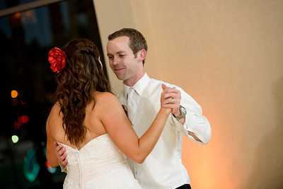 5564_d800_Theresa_and_Eric_Dream_Inn_Santa_Cruz_Wedding_Photography